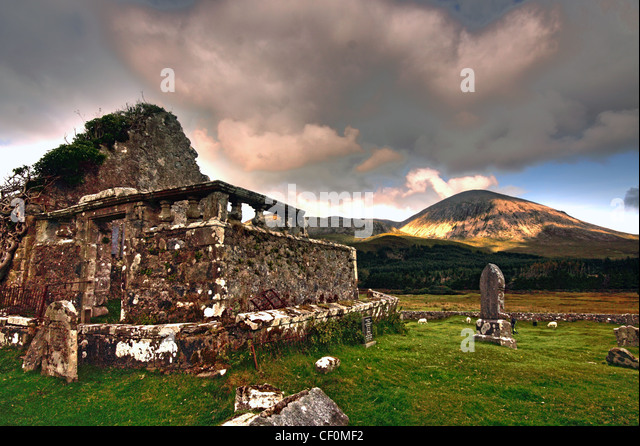 The Old Chapel and Graveyard Elgol road B8083, Skye, Inner Hebrides, Scotland, UK - Stock Image