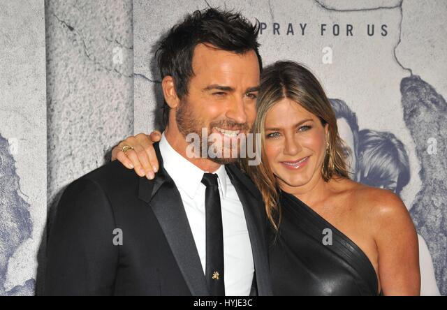 Los Angeles, CA, USA. 4th Apr, 2017. Justin Theroux, Jennifer Aniston at arrivals for THE LEFTOVERS Season 3 Premiere, - Stock Image
