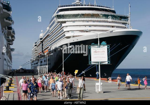 Sint Maarten Great Bay Philipsburg Dutch Holland America Line ms Noordam port excursion group - Stock Image