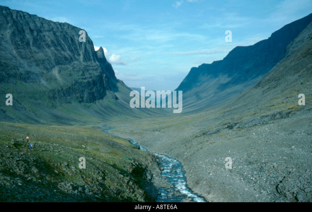 A classic glacially eroded U-shaped valley; Unna Raitavagge valley, Kebnekaise, Lappland, Norrbottens Län, - Stock Image