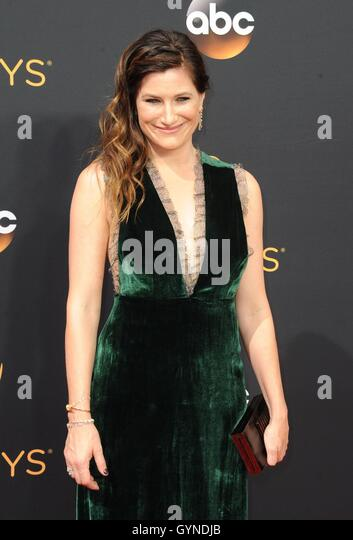 Los Angeles, CA, USA. 18th Sep, 2016. Kathryn Hahn at arrivals for The 68th Annual Primetime Emmy Awards 2016 - - Stock-Bilder