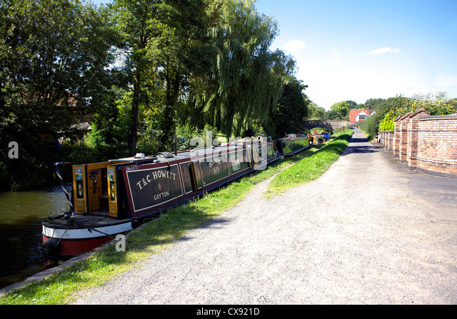 Narrowboats on the Grand Union Canal at Catherine-de-Barnes Warwickshire, England, UK, British, inland, waterways, - Stock Image
