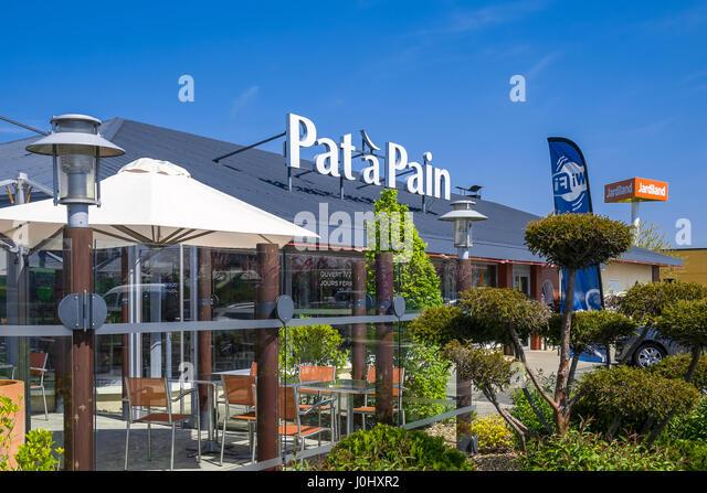 'Pat à Pain' restaurant sign, Chatellerault, France. - Stock Image