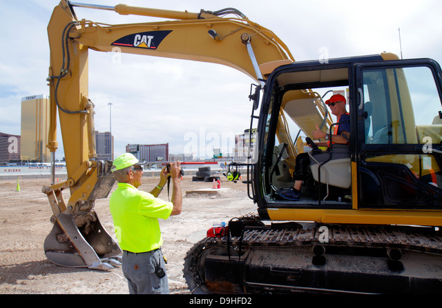 Nevada Las Vegas Dig This hands on hands-on bulldozer excavator construction equipment orientation Caterpillar 315C - Stock Image