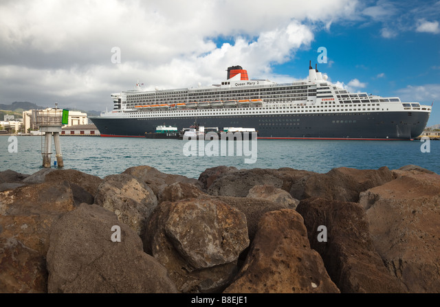 Cunard line cruise ship stock photos cunard line cruise for Around the world cruise ship