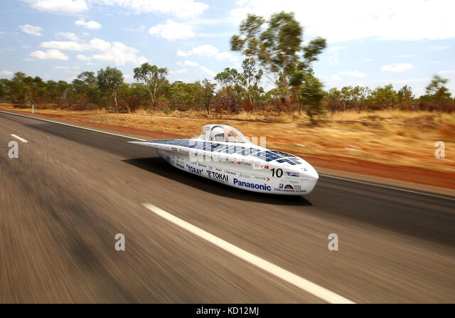 Canberra. 9th Oct, 2017. Solar car Tokai Challenger of Japan's Tokai University races during the second day - Stock Image