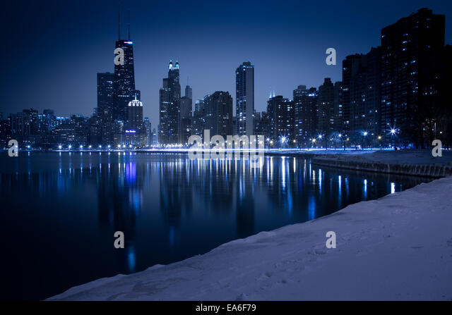 USA, Illinois, Chicago, Skyline seen from North Avenue Beach - Stock Image