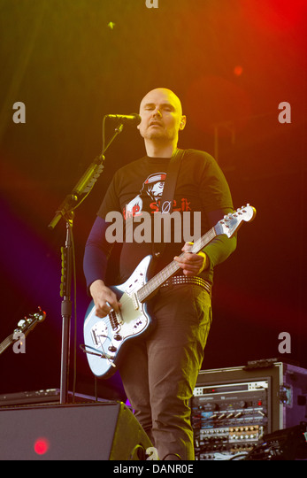 Smashing Pumpkins performing at the Glastonbury Festival 2013. - Stock Image