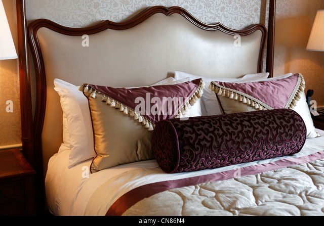 Hotel pierre stock photos hotel pierre stock images alamy for Small luxury hotel chains