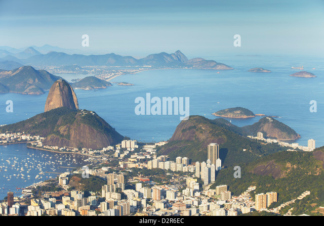View of Sugar Loaf Mountain (Pao de Acucar) and Botafogo Bay, Rio de Janeiro, Brazil, South America - Stock Image