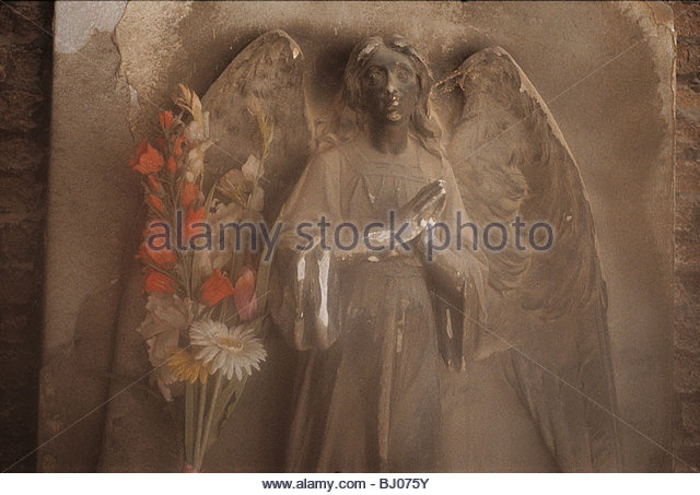 Sculpture of an angel in the cloisters of the church of San Michele in Isola, Venice, Italy - Stock-Bilder