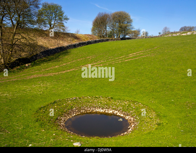 Dew pond stock photos dew pond stock images alamy for Pond equipment near me