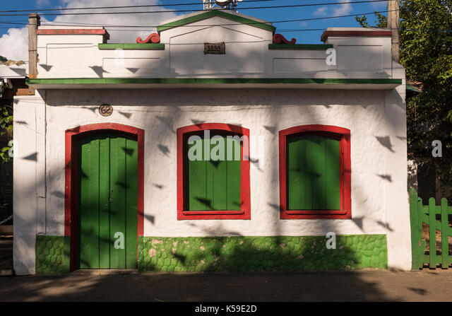 A small old house from the hystorical center of Ilhabela, SP, Brazil - Stock Image