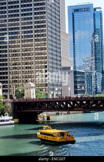 Illinois Chicago Michigan-Wacker Historic District Chicago River skyline boat water taxi Michigan Avenue Bridge - Stock Image