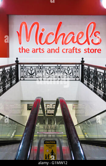 Michaels nyc stock photos michaels nyc stock images alamy for Michaels arts and craft hours