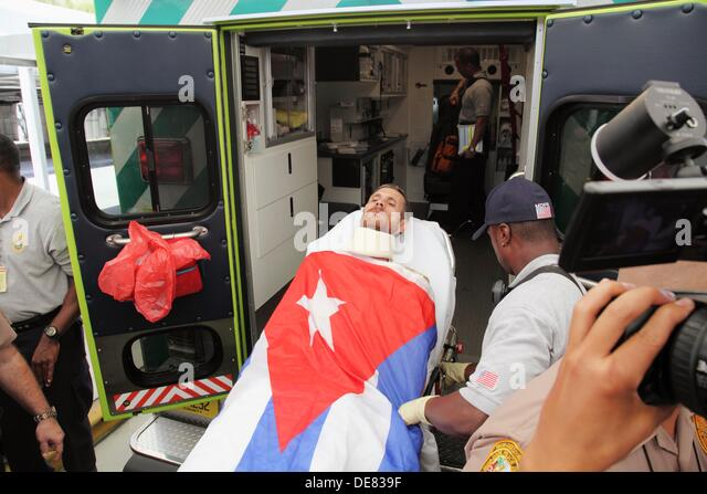 Arrival of the dissident Ariel Sigler Amaya to Miami for physical recovery after having spent much time in the prisons - Stock Image