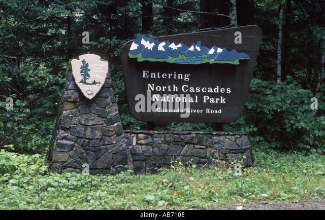 North Cascades National Park entrance sign COPYRIGHT DUANE BURLESON - Stock Image