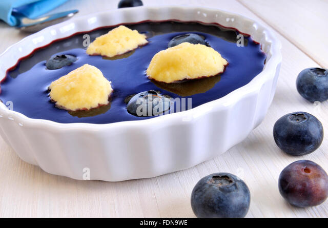 Sponge Cake With Blueberry Compote