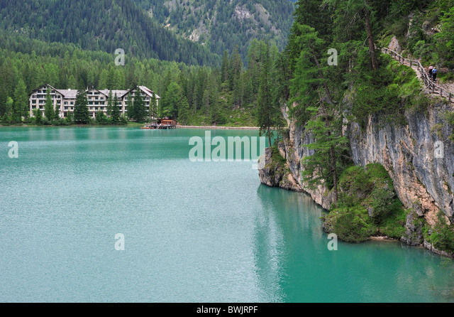 how to get to pragser wildsee from austria