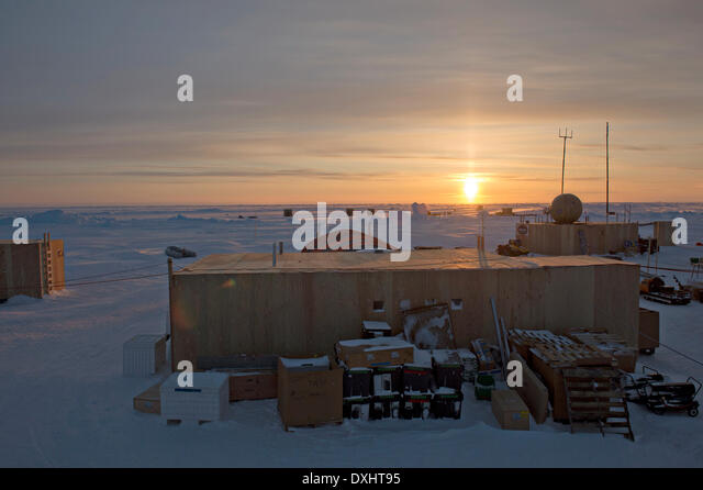 US Navy Ice Camp Nautilus built on a sheet of ice adrift on the Arctic Ocean during ICEX 2014 March 19, 2014 off - Stock Image