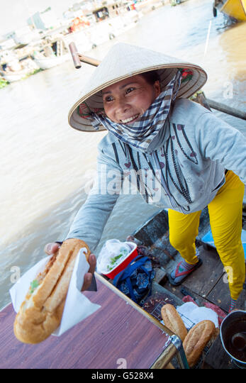 Cai Rang floating market, Cai Rang district, Can Tho, Mekong Delta, Vietnam - Stock Image
