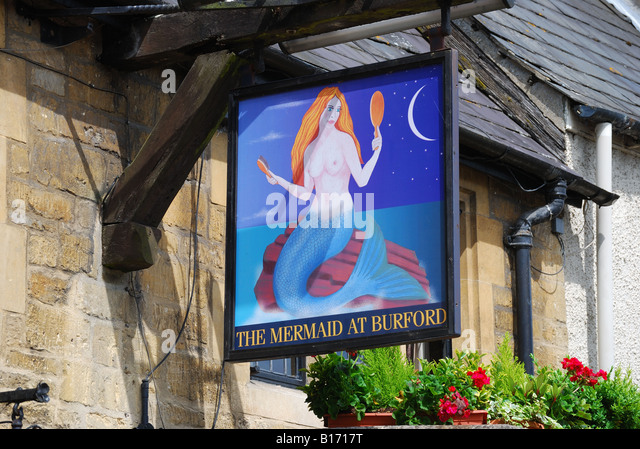 The Mermaid at Burford, High Street, Burford, Oxfordshire, England, United Kingdom - Stock Image