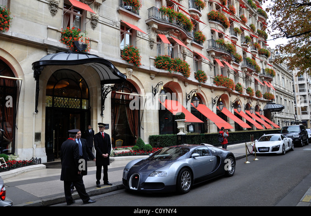 hotel plaza athenee paris stock photos hotel plaza. Black Bedroom Furniture Sets. Home Design Ideas