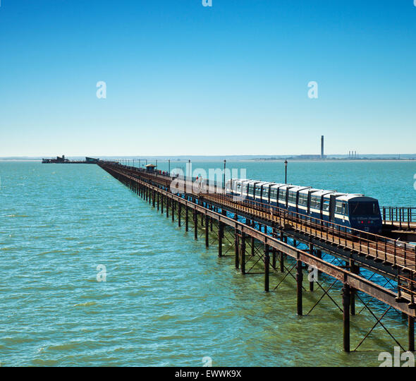 Southend Pier, the worlds longest at 1.34 miles. - Stock-Bilder
