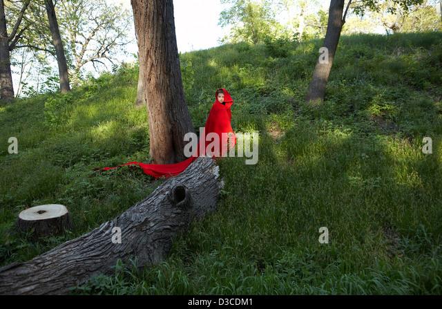 girl in woods, 'little red riding hood' - Stock-Bilder