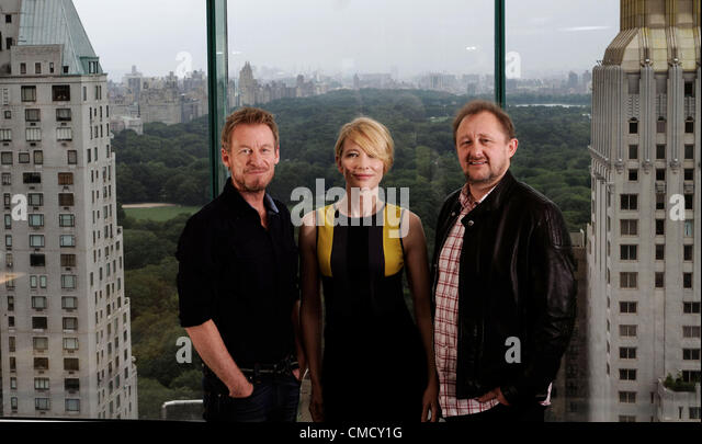 Australian actors Richard Roxburgh (L) and Cate Blanchett will star in the Sydney Theatre Companys' production - Stock Image