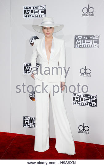 Musician Lady Gaga arrives at the 2016 American Music Awards in Los Angeles, California, U.S., November 20, 2016. - Stock-Bilder