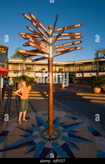 south africa garden route Knysna harbor destination panel sign post - Stock Image