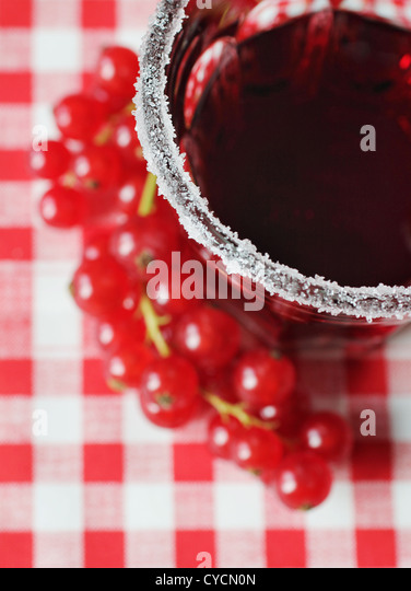 currant juice,sugar rim - Stock-Bilder