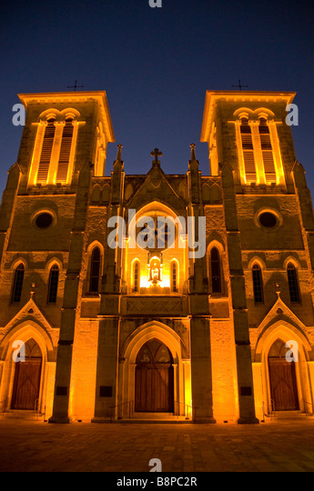 San Fernando Cathedral at night San Antonio Texas oldest active US cathedral historic building landmark tourist - Stock Image