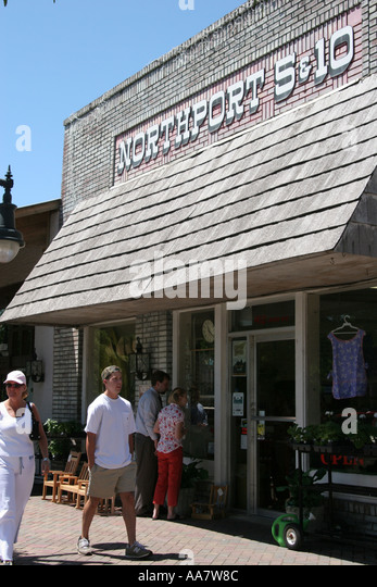 Alabama Northport shoppers 5 and 10 - Stock Image