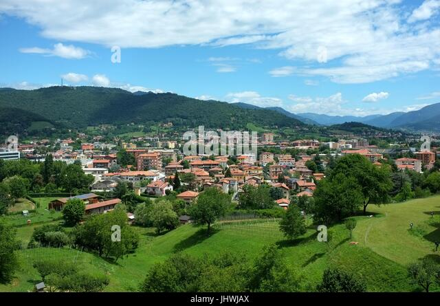 The north of Bergamo viewed from the Citta Alta (upper city), Bergamo, Lombardy, northern Italy, July 2017 - Stock Image