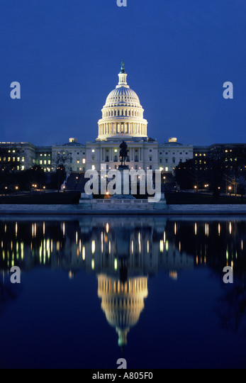 Capitol Building in Washington D C at night - Stock Image
