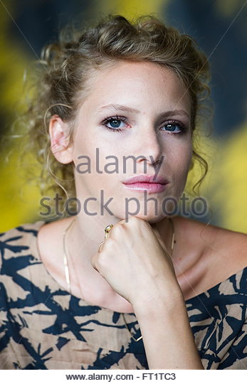 Yaara Israel  city images : Israeli actress, Yaara Pelzig poses during a photocall prior to the ...