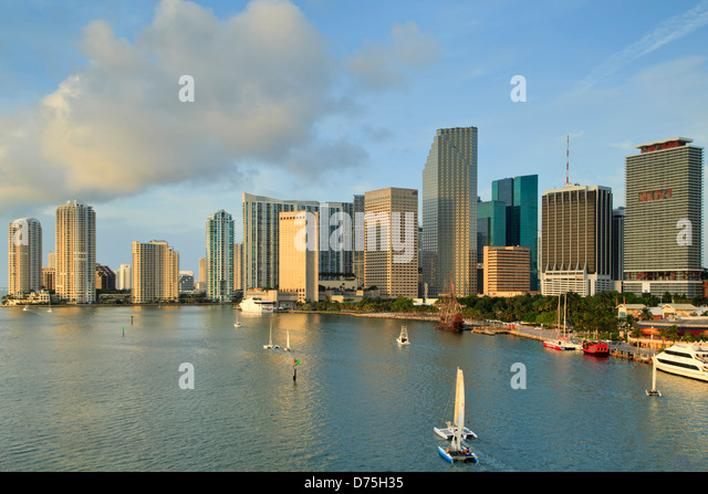 Boats on Biscayne Bay and skyscrapers, Miami, Florida USA - Stock Image