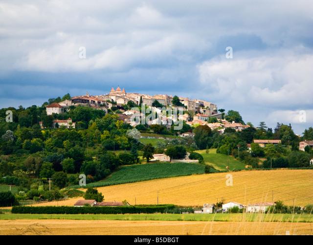 The French bastide town of Lauzerte in Tarn et Garonne, France, Europe - Stock-Bilder