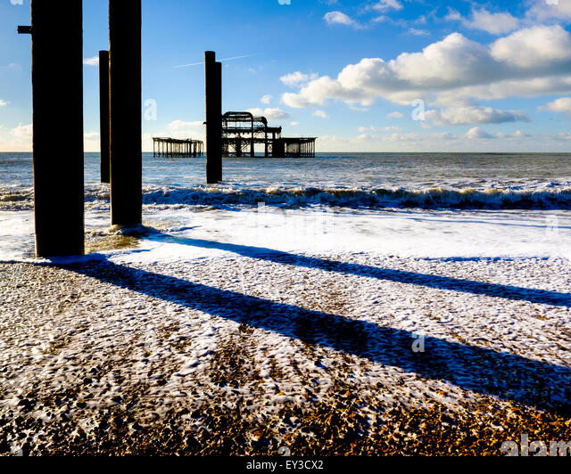 The skeleton of what remains of the Brighton West Pier - Stock Image