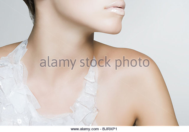 A woman wearing a recycled necklace - Stock Image