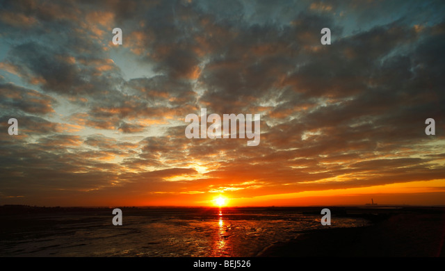 Sunset. Bedlams Bottom, The Shade, River Medway, Kent, England, UK. - Stock Image