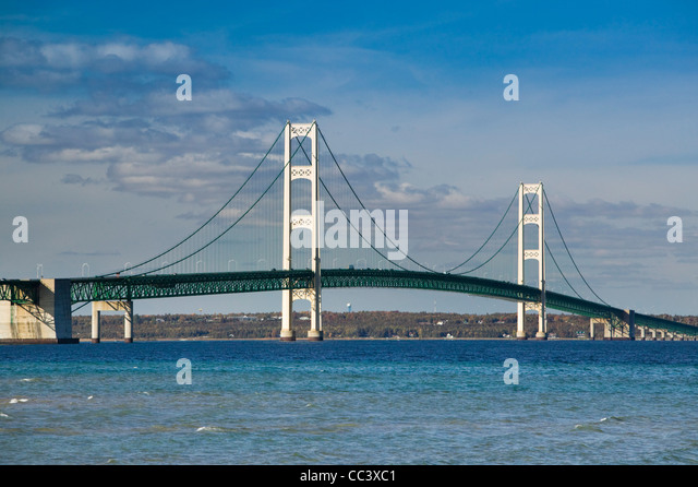 USA, Michigan, Straits of Mackinac, Mackinaw City,  Mackinac Bridge,  Straits of Mackinac between Lakes Michigan - Stock-Bilder