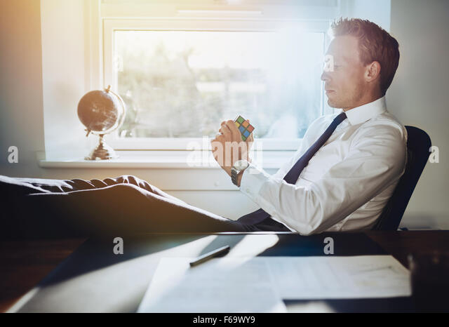 Executive business man solving problems and getting ideas for new business concepts - Stock-Bilder