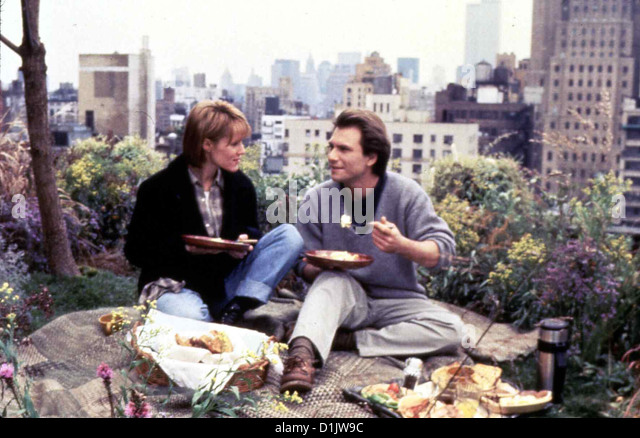 Das Rosenbett  Bed Roses  Mary Stuart Masterson, Christian Slater Nach langem Zögern beginnt die kuehle Geschaeftsfrau - Stock Image