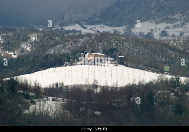 Sibillini vinyard in winter snow ,Le Marche ,Italy - Stock Image