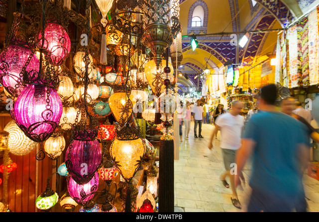 Turkish light shop in the Grand Bazaar, Istanbul, Turkey - Stock Image