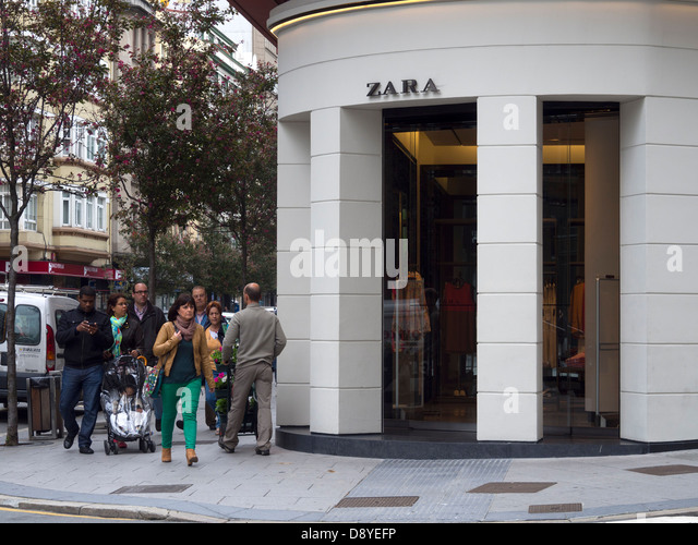Zara store spain stock photos zara store spain stock - Zara home coruna ...