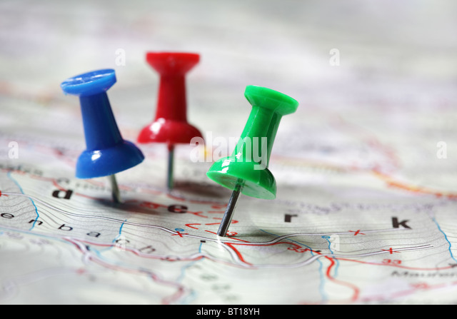 Travel destination marked with push pins - Stock-Bilder